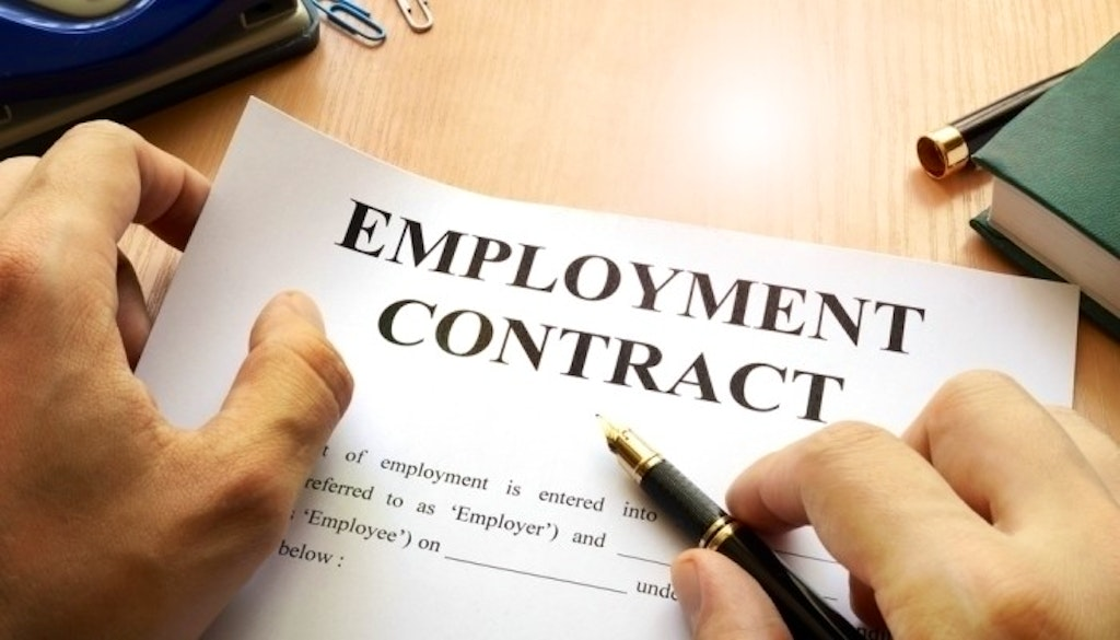 10 Things to Consider while Signing an Employment Contract in China